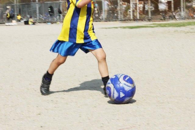 サッカー パス